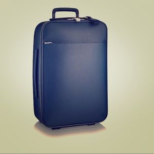 Louis Vuitton Travel Icon (Pègase 55 Taiga Boreal)